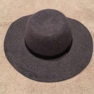 G.H. Bass Wool Hat 🎩
